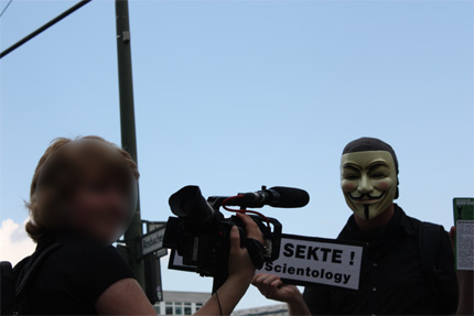 Anonymous Interview / Presse